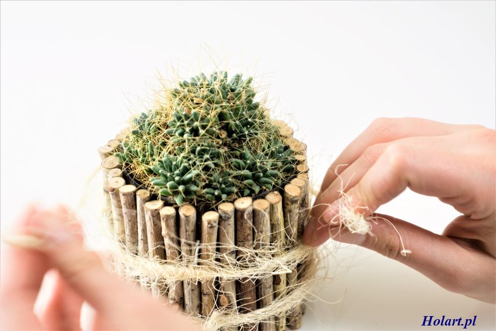 DIY, tworzenie doniczki z brzozowych patyczków