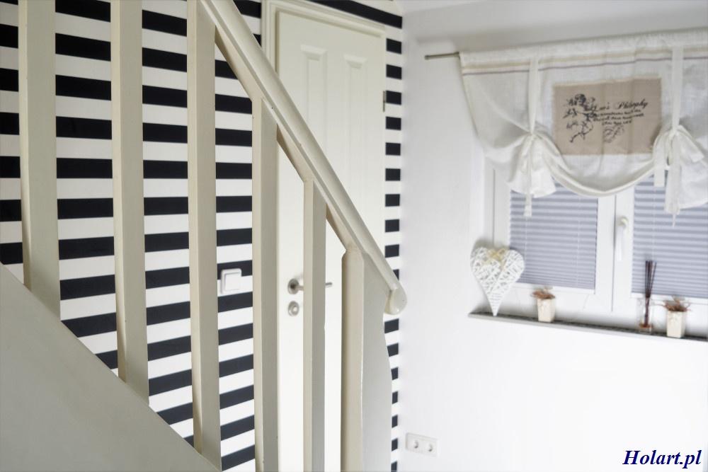 jak odpowiednio wykorzystać tapetę w korytarzu