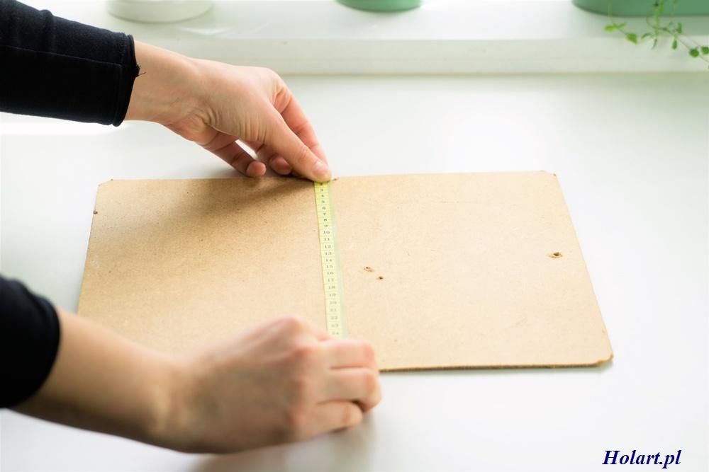 przygotowywanie memoboard z ramki